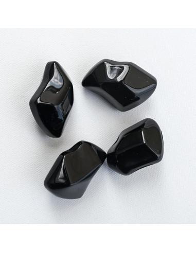 piedras vidrio negras Kratki